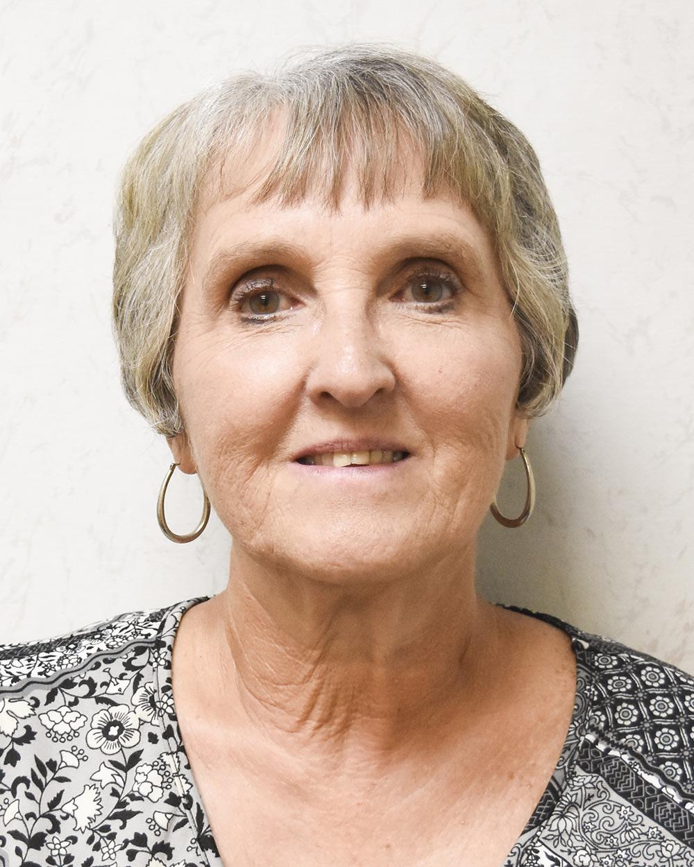 Martha Milner : Customer Service